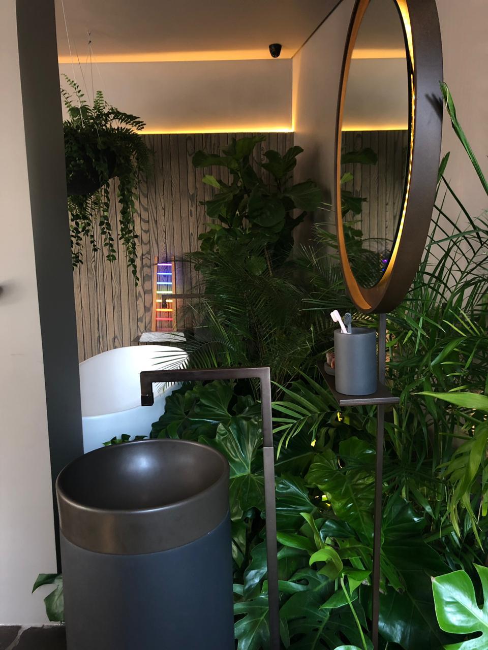 banheiro-na-selva