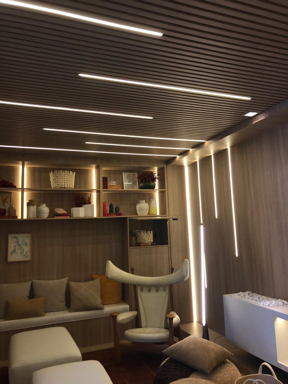teto-e-parede-iluminados