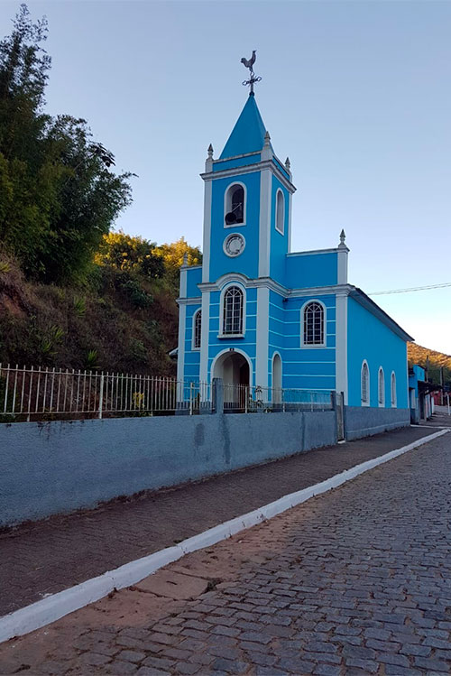 igreja-em-facao-Cópia