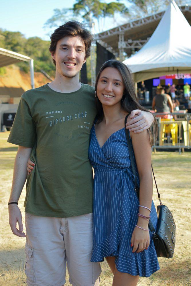 Fernando Fonseca e Júlia Ferreira, em balada no Green Hill Foto: Brendha Torres