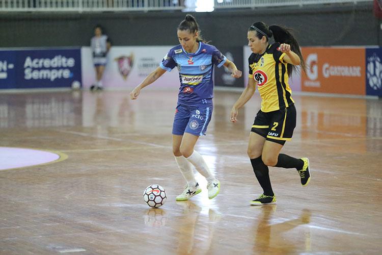 Marina-Loures-Cianorte-Futsal-by-Divulgação-Conmebol
