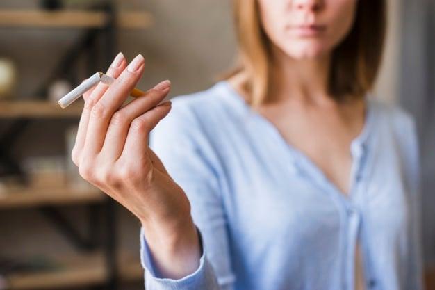 O cigarro influencia na flacidez corpórea