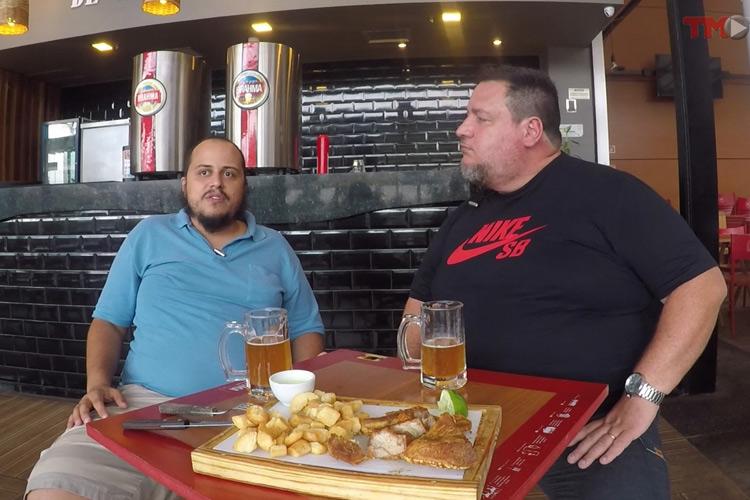 Imagem: Airton Soares recebe Alexandre Vaz, o Moita, do São Bartolomeu