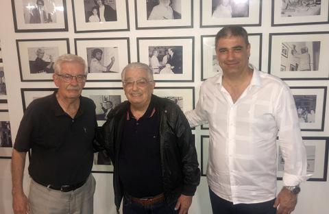 Wilson Cid, Orlando Manera e o filho Carlos Eduardo, tendo como cenário o acervo fotográfico do antigo Faisão Dourado, marcaram presença no jantar da Academia Rio Branco