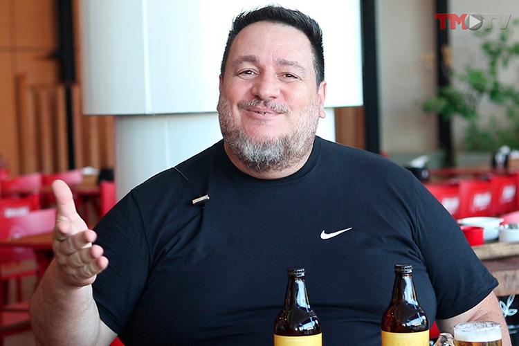 Imagem: Gustavo Marques apresenta a cerveja do Derrete Queijo & Co, a Melt Beer