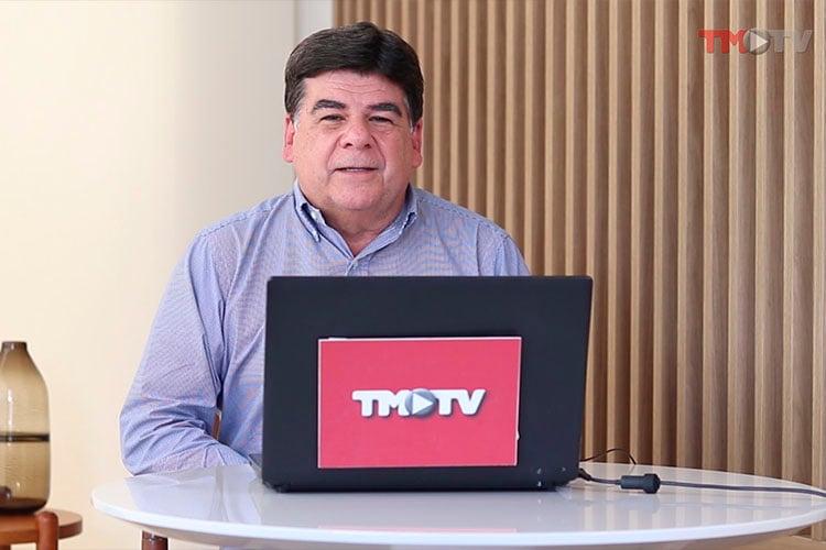 Imagem: Encontro com CR recebe o cabeleiro André Pavam
