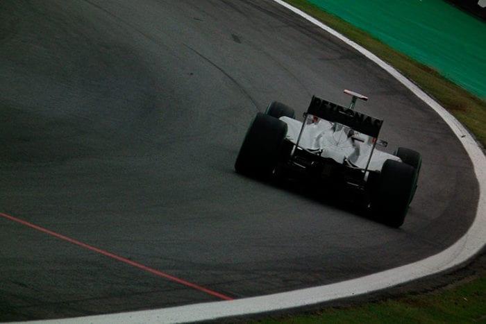 F1-2010-FOTO-joao-schubert-120