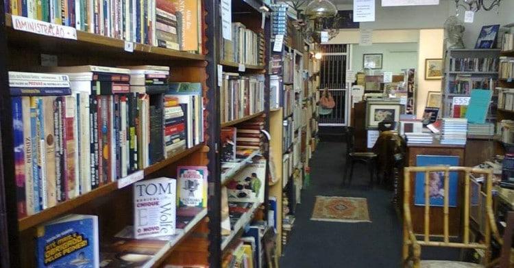 academia-do-livro-acervo-by-arquivo-pessoal