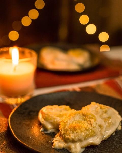 Sorrentino de Queijo Brie com Damasco e Blend de Uvas Passas Pretas e Brancas ao Molho Bechamel II